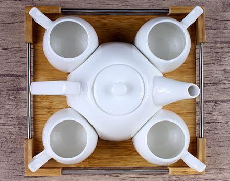 ست قوری و فنجان 4نفره با سینی در هایپرشاین